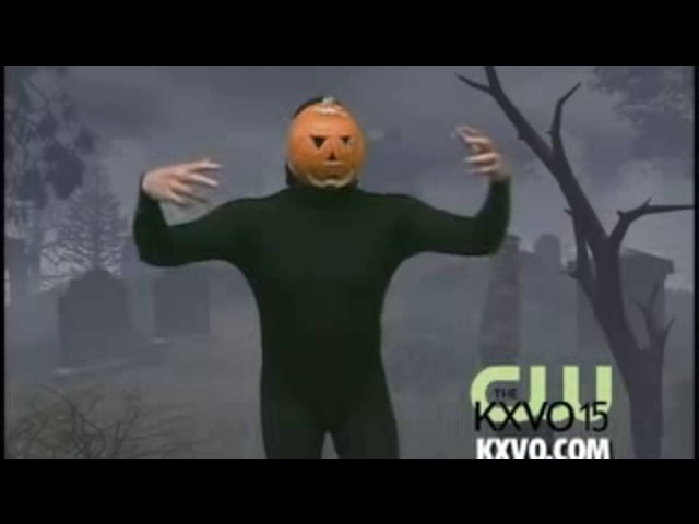 Pumpkin man dances to Vegas lights by panic! at the disco