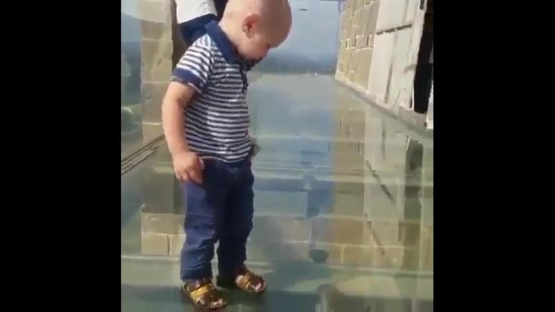 Бедный ребёнок
