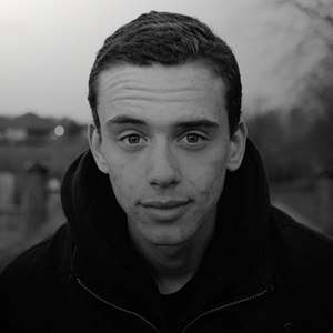 Logic альбом Young, Broke & Infamous