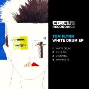 Tom Flynn альбом White Drum EP
