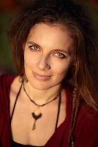 Люся Маратканова