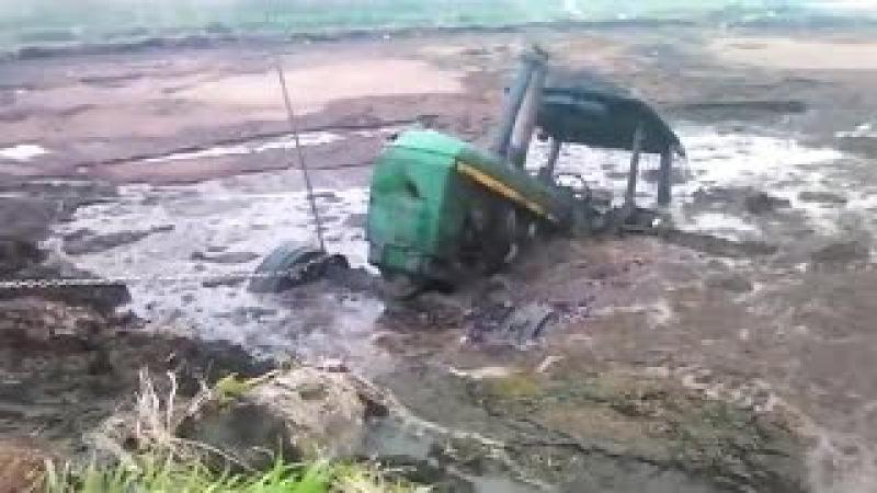 Лучшие трактора в Русской грязи и не толькоTop tractor in the Russian mud and not only!