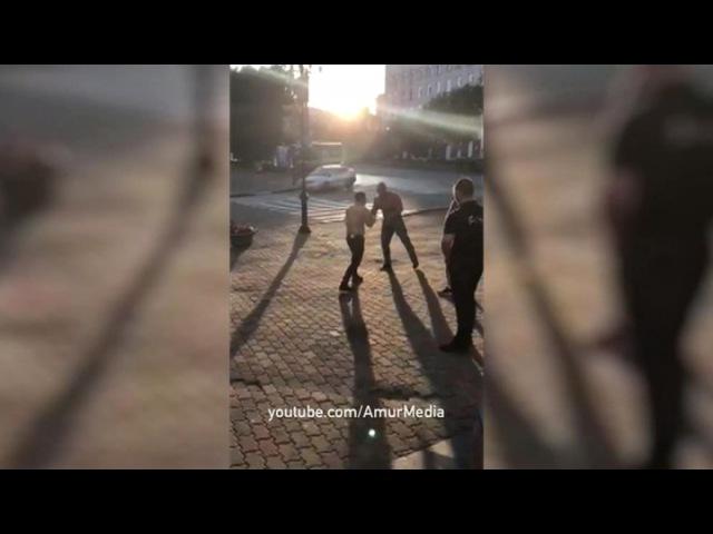 Вести.Ru: Чемпион мира по пауэрлифтингу умер после драки в хабаровском кафе