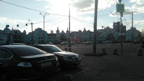 Огромный и красивый Белорусский Вокзал. Ощущение, что там десять залов ожидания.