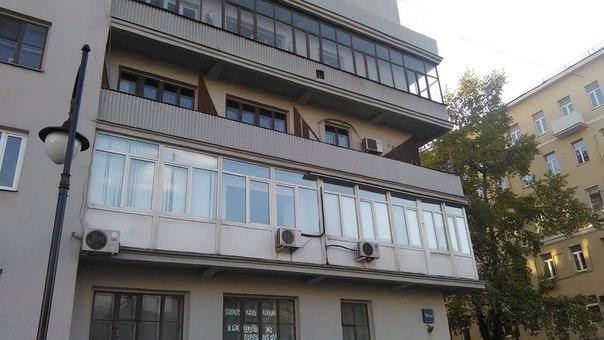 Балконы бесконечны и закруглены — мечта.
