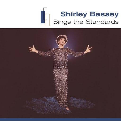Shirley Bassey альбом Sings the Standards