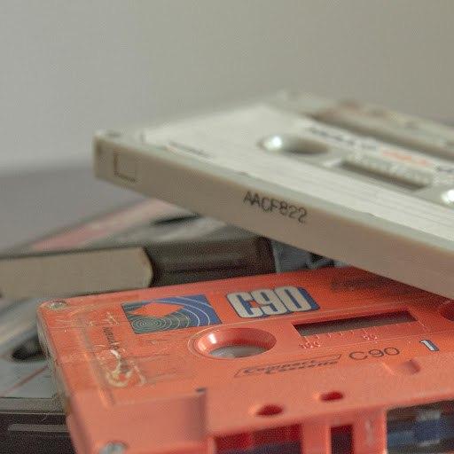 Louis La Roche альбом Dusty Cassette Ep