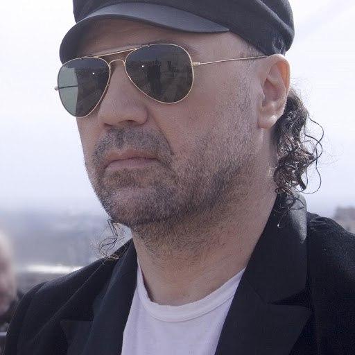 Tata Simonyan альбом Erb Alekots Tsovi Vra