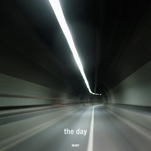 Moby альбом The Day (Deluxe)