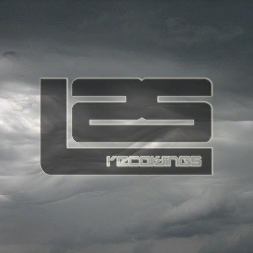 ollie macfarlane альбом Grey Skies