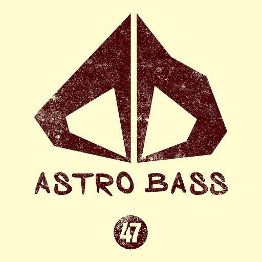 Cream Sound альбом Astro Bass, Vol. 47