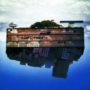 Alif Tree альбом Spaced