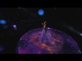 Умопомрачительное зрелище- 6-метровое живое платье Дженнифер Лопес взорвало весь Интернет!