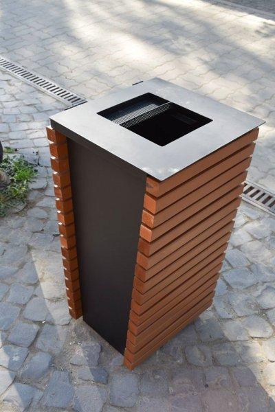 У центрі Берегова встановили євро-урни для сміття