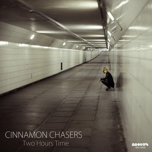 Cinnamon Chasers альбом Two Hours Time