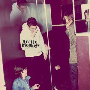 Arctic Monkeys альбом Humbug