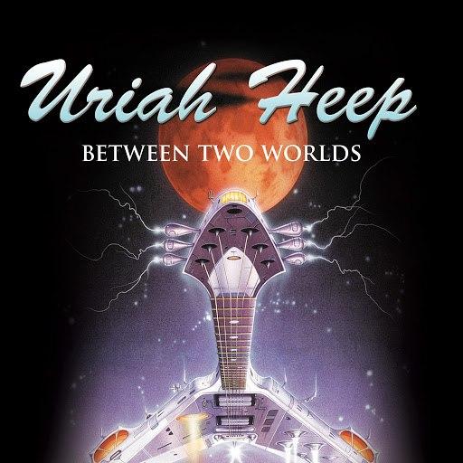 Uriah Heep альбом Between Two Worlds