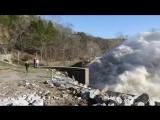 Экстренный сброс воды с ГЭС
