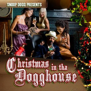Snoop Dogg альбом Christmas In The Dogghouse