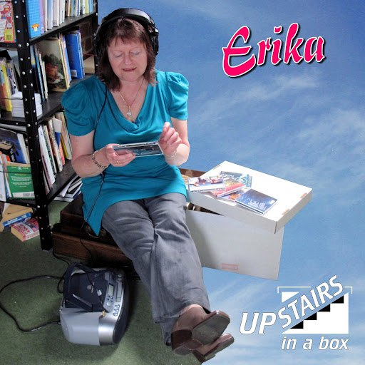 Erika альбом Upstairs in a Box