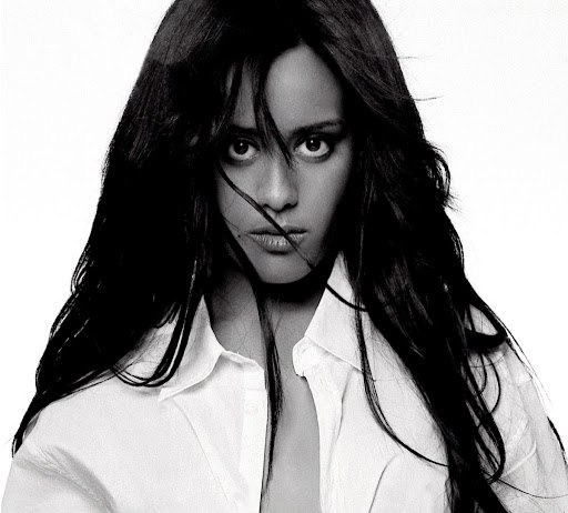Amel Bent альбом À 20 ans (Digital Deluxe Edition)