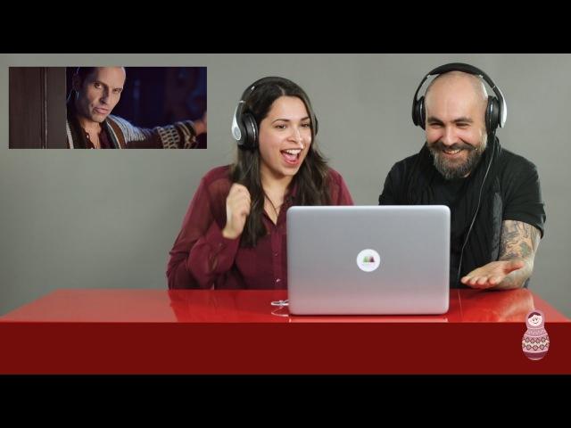 Итальянцы смотрят клип Как Челентано