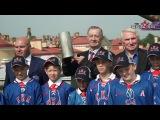 Игорь Щурков и Павел Козлов выстрел из пушки Петропавловской крепости