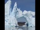 Разрушение ледника в Гренландии