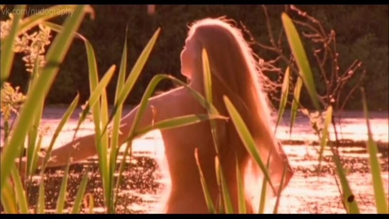 Светлана Ходченкова и другие голые женщины в фильме Охотники за иконами (2004, Сергей Попов)