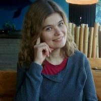 Анна Лев