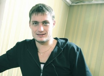 Саша Задойнов пытался навестить дочку Сашеньку.