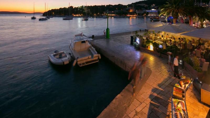 GARIFUL - Fish restaurant - Hvar - Croatia