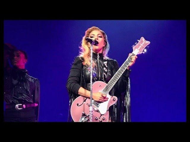 Joanne World Tour A-YO, Vancuver