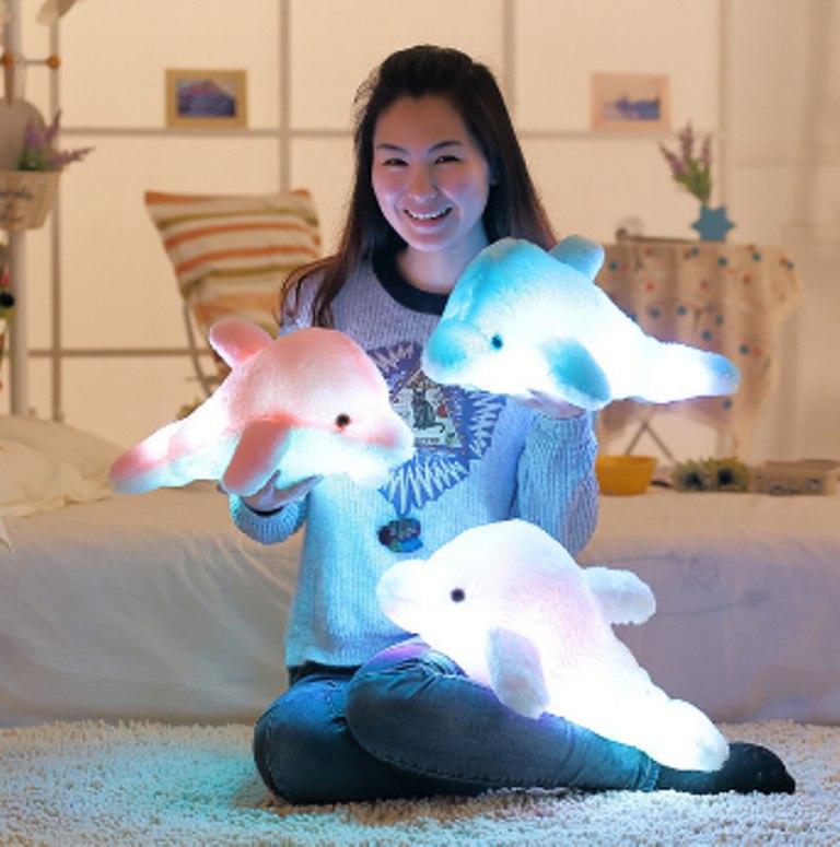 Плюшевый светящийся дельфин 3 цв
