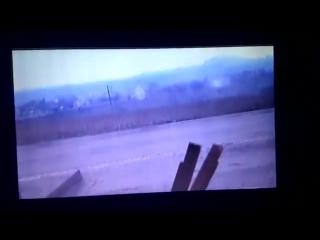 ВСУ уничтожает блиндаж сепаров наводка ведётся через планшет