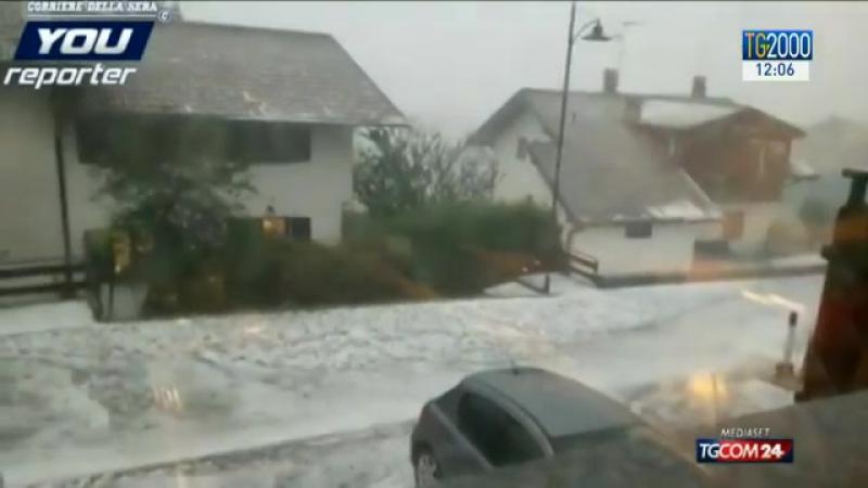 Италия сегодня! Maltempo al nord Italia con neve, grandinate e trombe daria. Temperature in diminuzione sul Paese