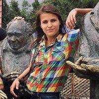 Лена Ковалева