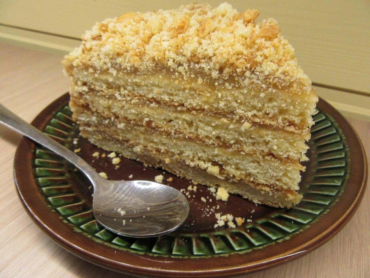 Легкий 49  песочный торт готовится быстро и практически всегда удается.