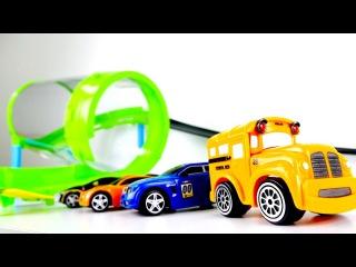 Yarış araba oyunları 📢🏁🚖🚘 Bussy ve Speedy yarış pisti oyunu türkçe izle! Oyuncak araba videoları
