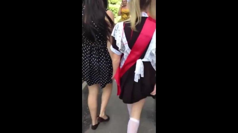 Школьницы показывают попы за лайки в periscope