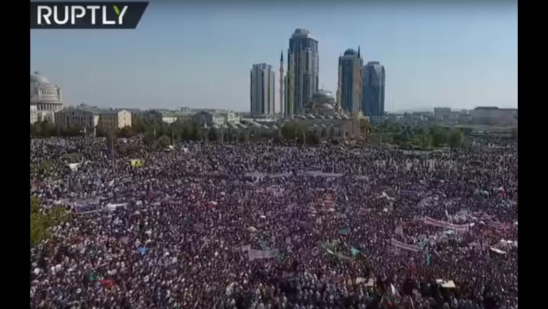 В Грозном провели масштабную акцию в поддержку преследуемых в Мьянме мусульман