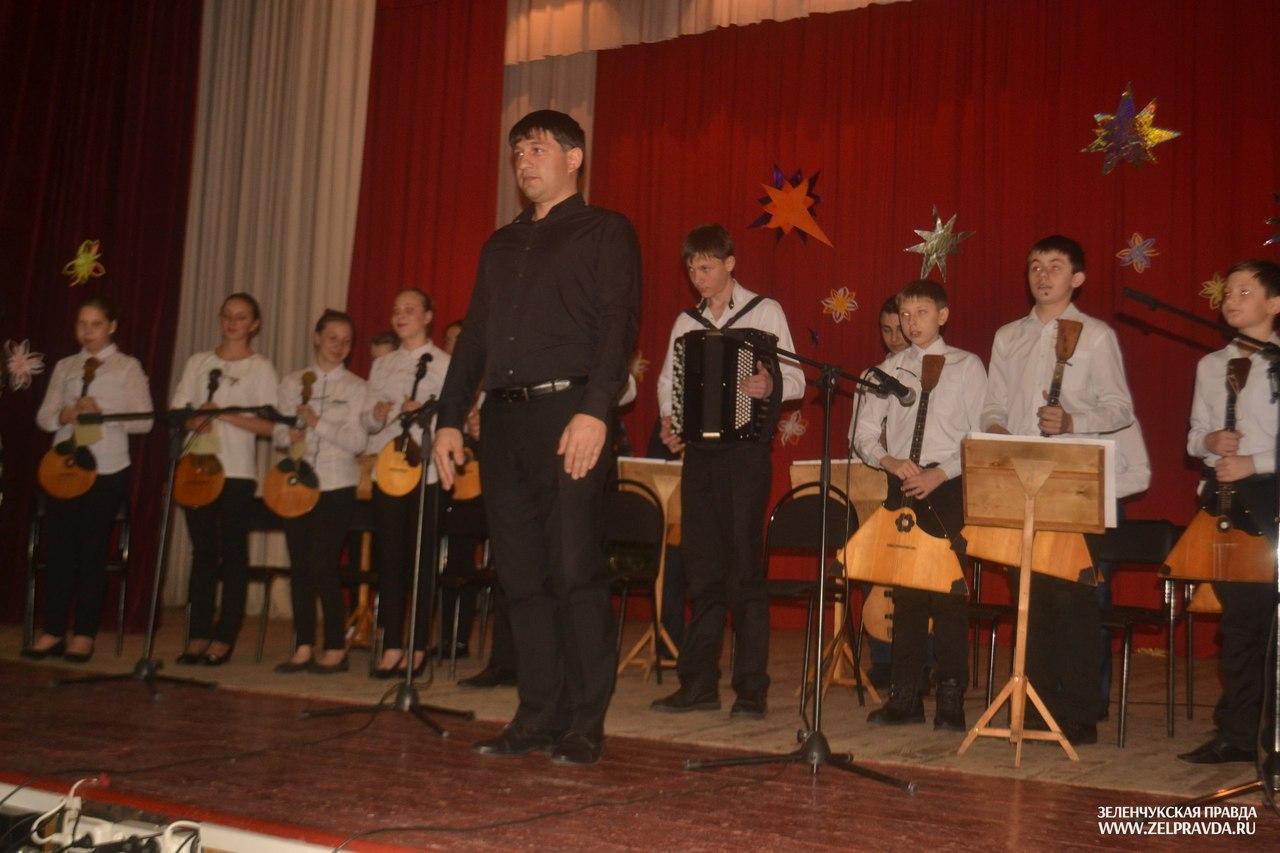 В Зеленчукской состоялся большой праздничный концерт «Зимние празднества»