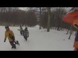 Недовольные лыжники, перевал!