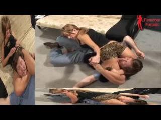 Mixed Wrestling Headscissors - Lana - 1
