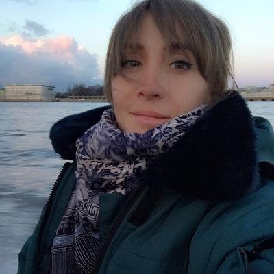 Марианна Майер