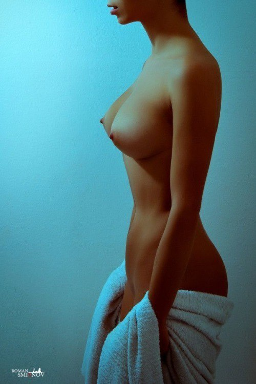 Mobile downloads pictures nude