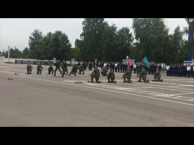 Медвежьи озёра 38 полк ВДВ Принятие присяги часть 2