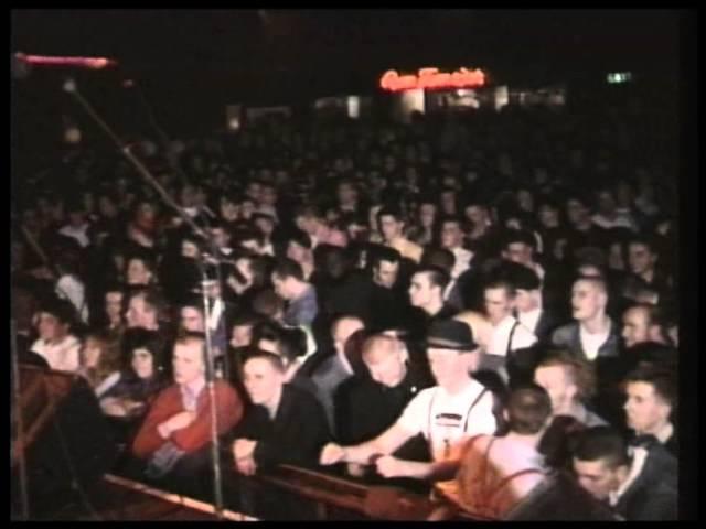 Deltones Lemon Squeezy Astoria London UK 1989