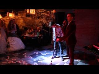 Даня показывает класс для именниника. 19 марта – бар «бухарест»big boss birthday party - 2017 -