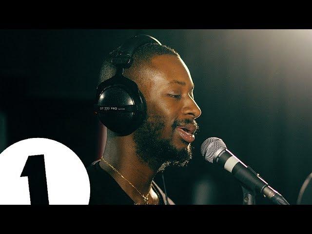 Выступление GoldLink с кавером на песню OutKast «Roses» в студии «BBC Radio 1»